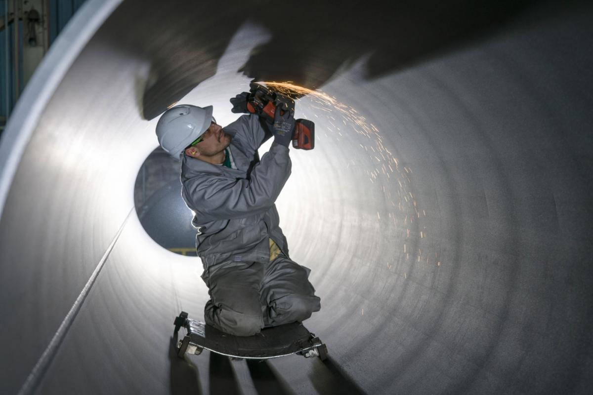Inspection of internal pipe surfaces - Photo by Nord Stream 2
