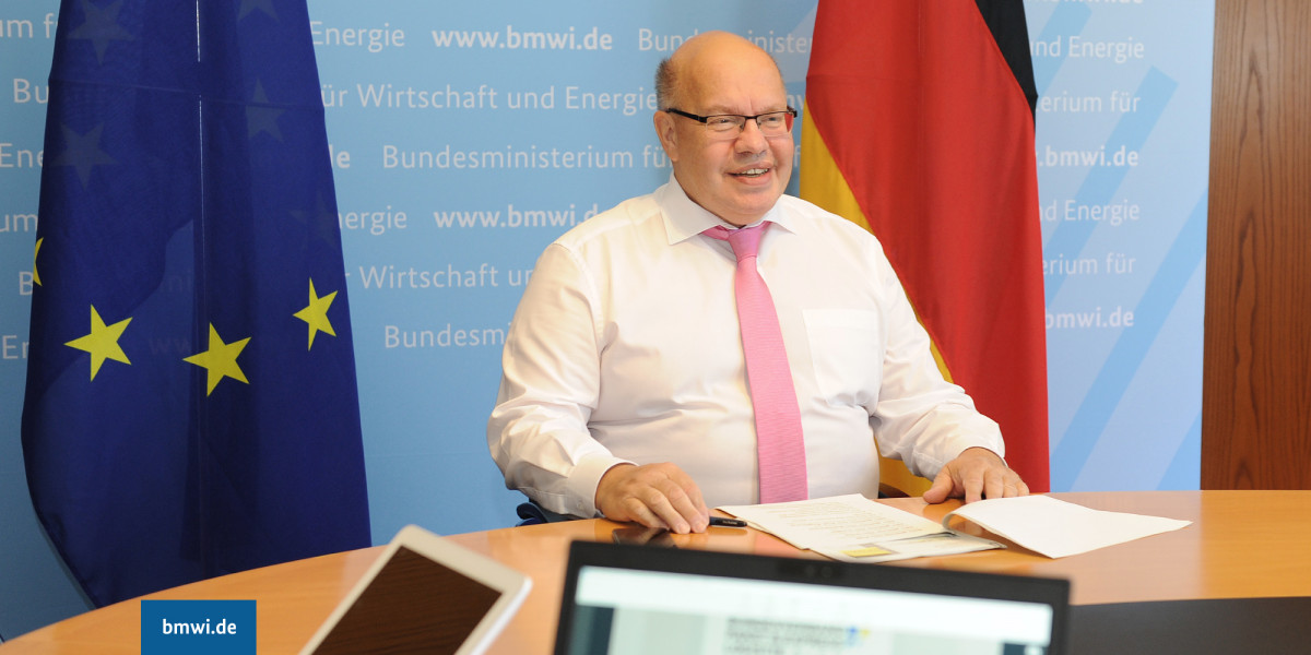 """Some decisions should not be put into questions every few months:"" Altmaier says basic principles of climate action should not be questioned in election campaigns. Photo: BMWi"