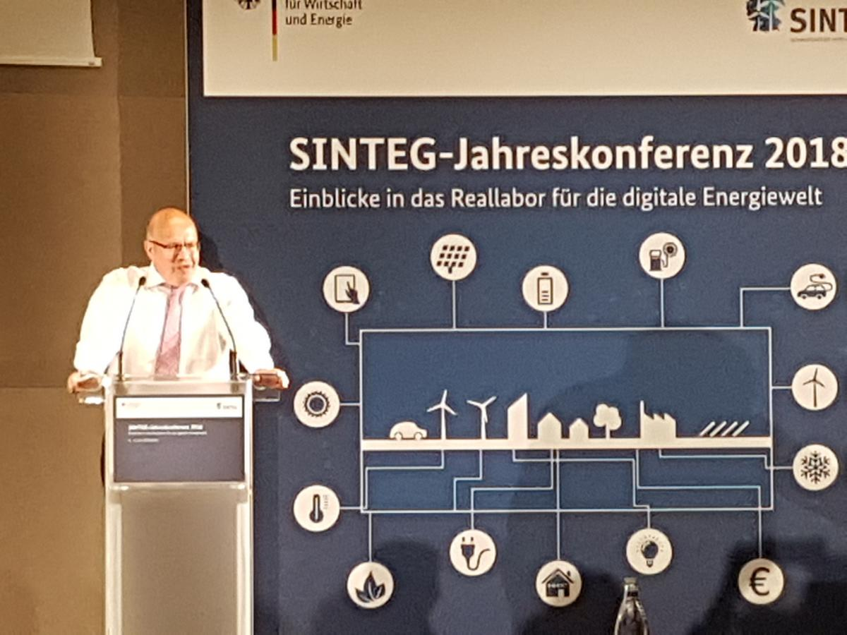 Energy and economy minister Peter Altmaier speaking at the annual SINTEG conference in Berlin. Photo: CLEW.