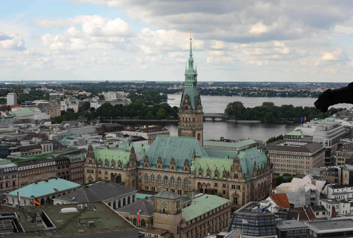Hamburg City Hall, the seat of the city state's government. Photo: Arne Mohr.