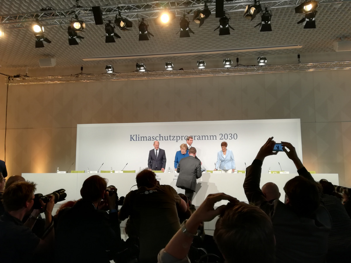 Photo of Merkel, Scholz at the press conference following the climate cabinet meeting on 20 September 2019. Photo: CLEW/Wettengel.