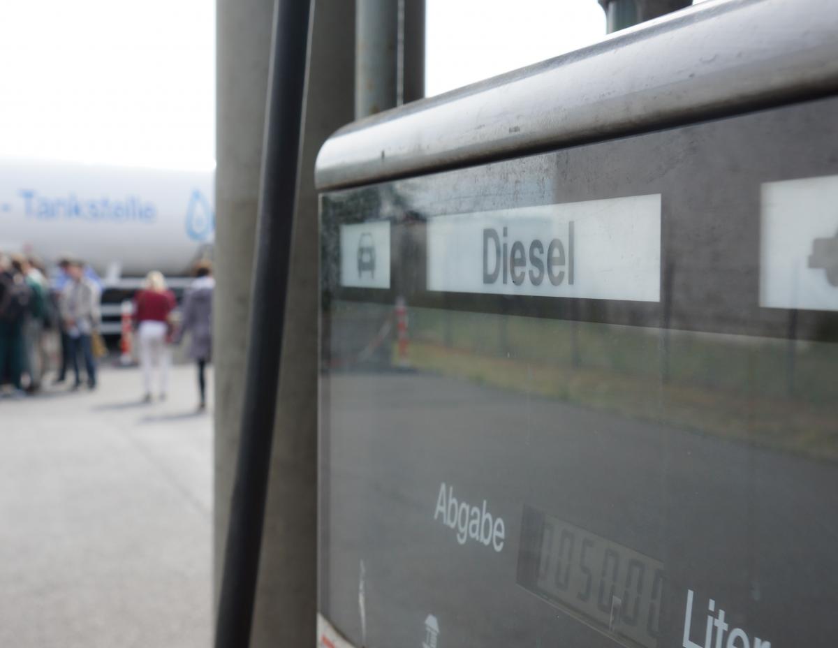 Photo shows gas station pump with diesel written on it. Photo: CLEW/Wettengel.