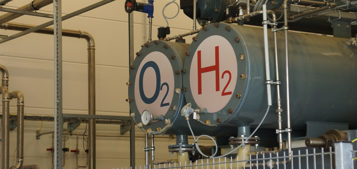 Photo shows oxygen and hydrogen tanks of power-to-gas facility in Germany. Photo: CLEW/Wettengel.