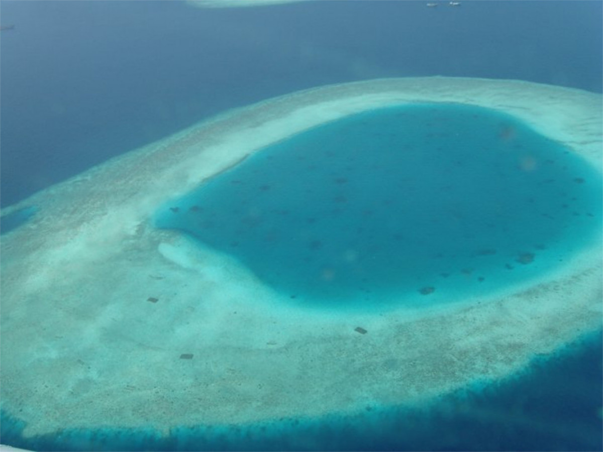 Photo shows an island on the Maldives. Photo: CLEW/Wettengel.