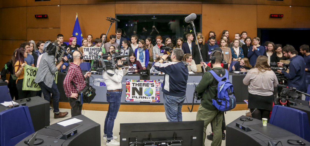 Students from the Fridays For Future climate protest movement at a press conference in the European Parliament. Source: European Union 2019/EP.