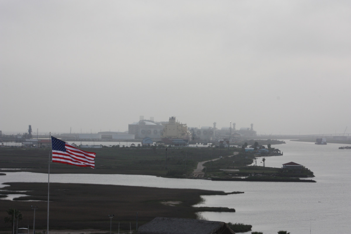 Photo of the Freeport LNG export terminal on Quintana Island, near Freeport, Texas. Photo: CLEW/Wettengel 2020.