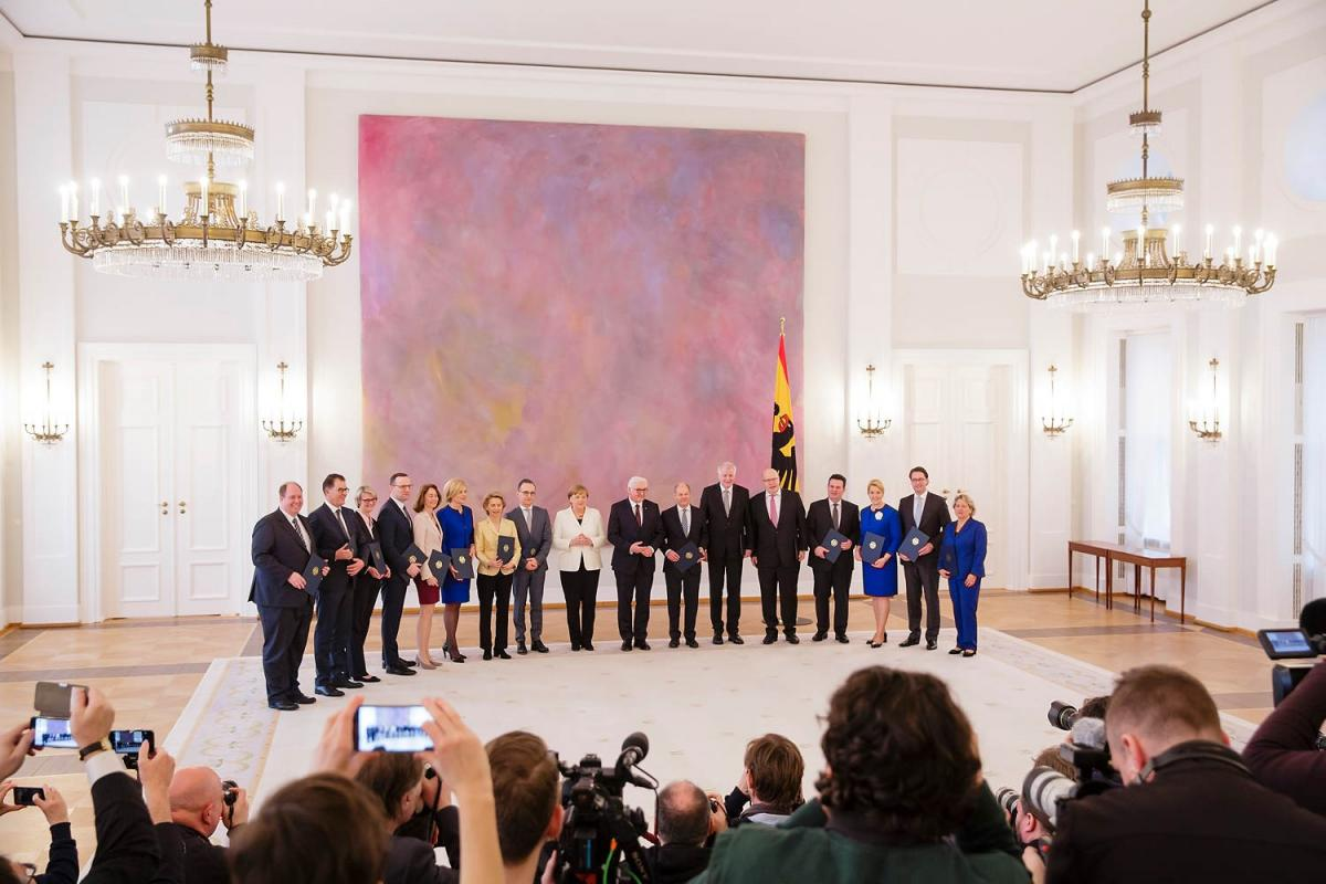 The fourth cabinet under chancellor Merkel on the day of its swearing-in ceremony. Photo: BMU