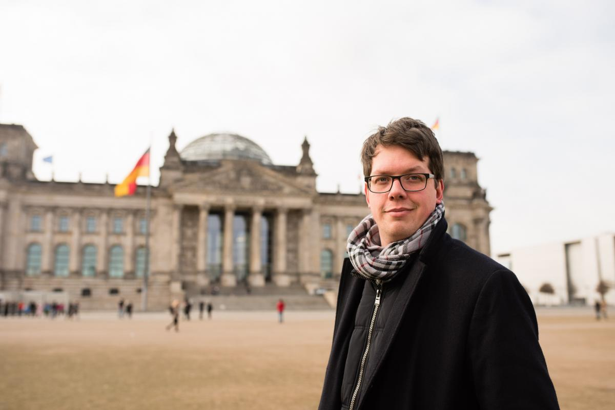 MP Lukas Köhler from the liberal, business-friendly FDP says that a CO2 price on all fossil fuels price will remain a crucial topic in Germany in the next years. Photo: Köhler.