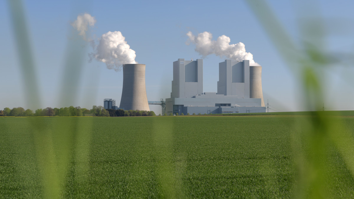 RWE lignite power plant Neurath, Germany's biggest coal plant. Photo: RWE AG