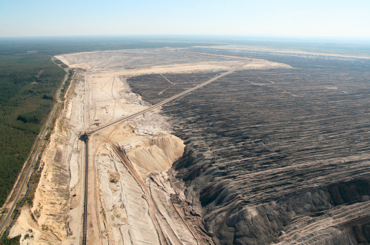 Open pit mine in Lusatia, where economic alternatives to coal mining are scarce. Photo: LEAG