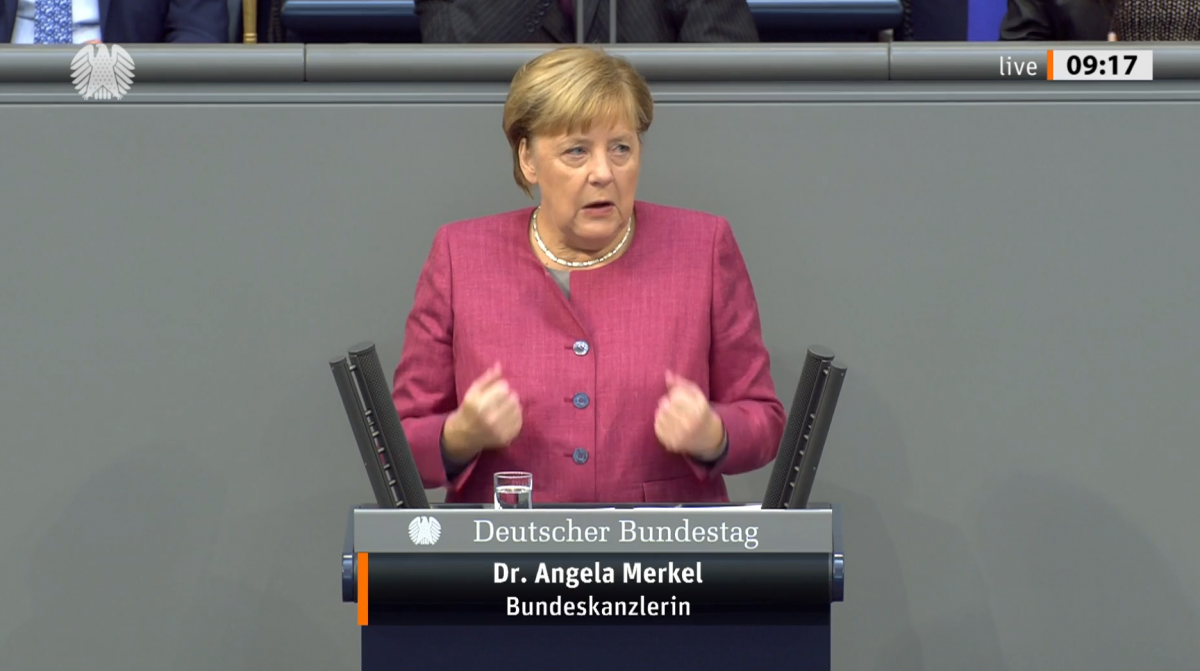 Photo shows German chancellor Merkel in the Bundestag on 30 September 2020. Source: Bundestag.