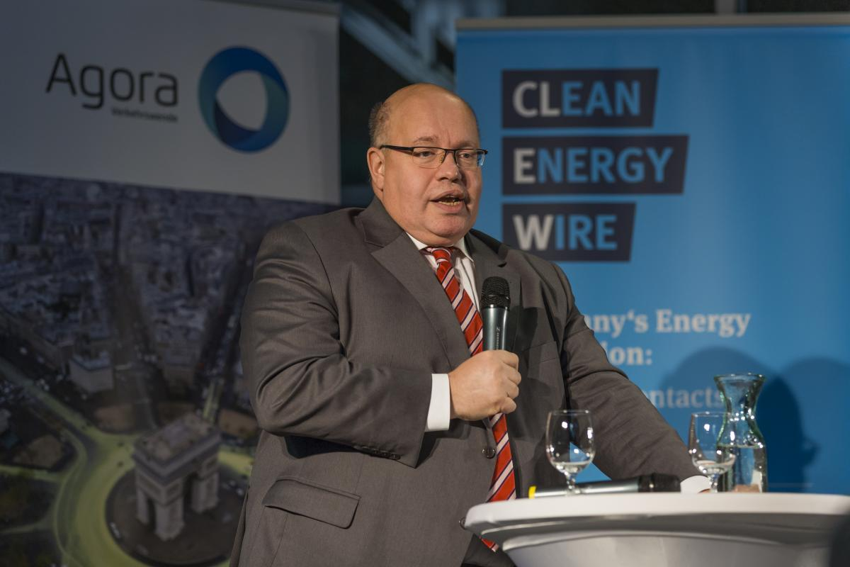Current chief of the Chancellery Peter Altmaier, long-time Merkel confidant and designated economy minister, at the Clean Energy Wire office warming in 2016. Source - Rolf Schulten.