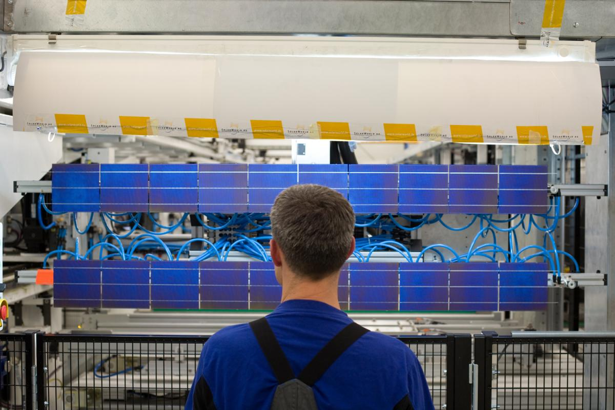Last Major German Solar Cell Maker Surrenders To Chinese Competition Wiring Panel Manufacturing At A Solarworld Site Source