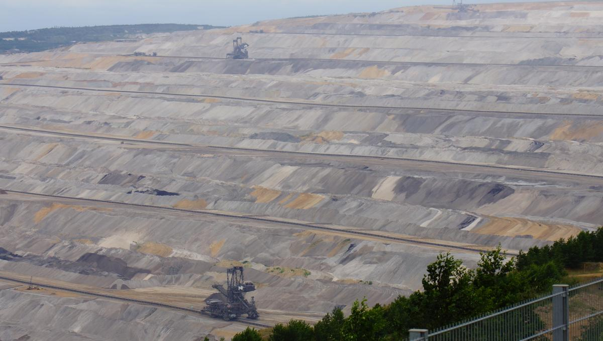 Open pit lignite mine in Hambach, North Rhine-Westphalia. Photo: CLEW