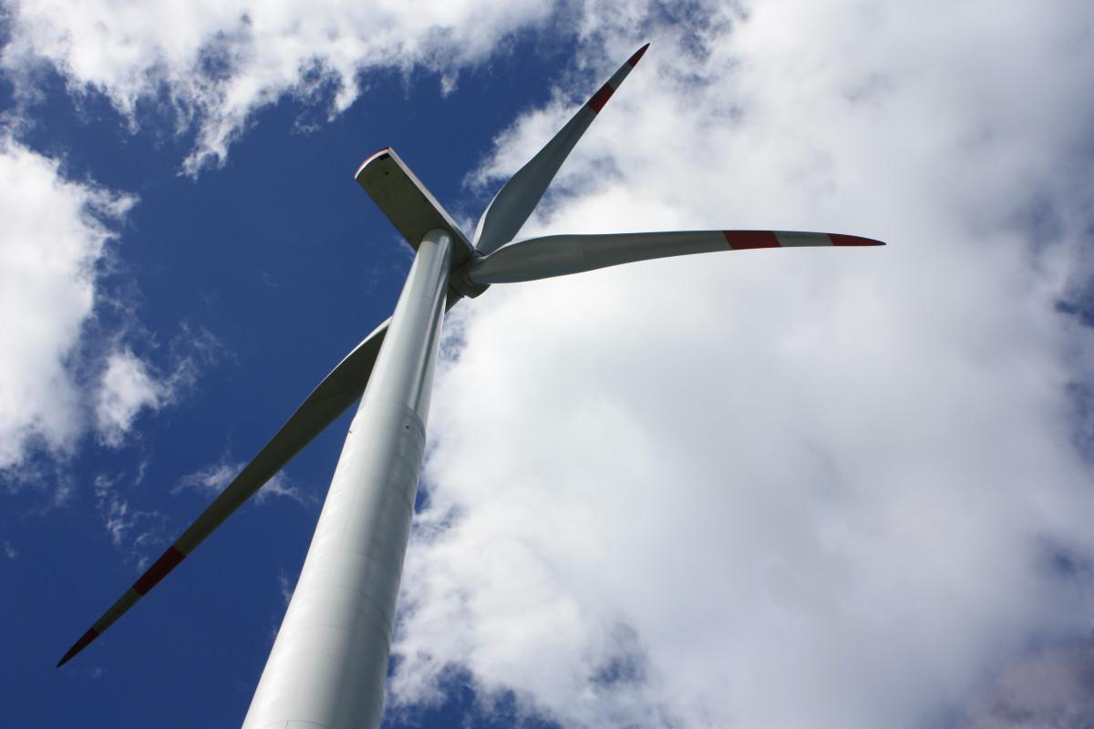 Photo of wind turbine. CLEW/Wehrmann.