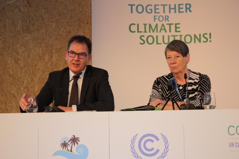 German development cooperation minister Gerd Müller and environment minister Barbara Hendricks at a press conference ahead of the opening of the COP23 in Bonn. Source - CLEW 2017.