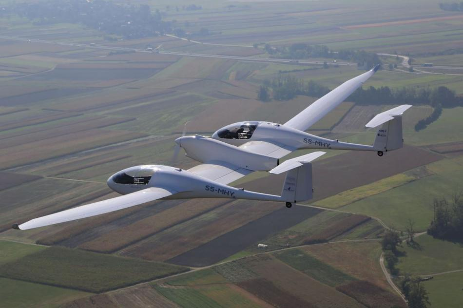 The DLR fuel cell 4 seater plane pilot project HY4. Copyright:  Jean-Marie Urlacher