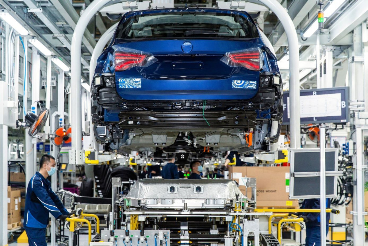 BMW car assembly. Image by BMW