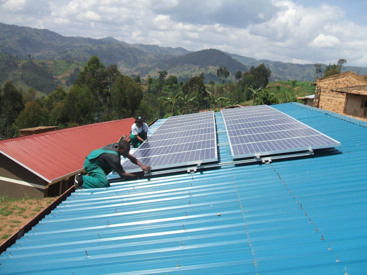 Off-grid installation in Africa: the initial funding of renewable power projects is often hard to come by in developing countries. Photo - BSW Solar
