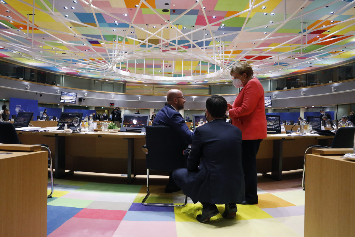 Photo shows Merkel, Michel and Rutte in the European Council. Source: European Union 2020.