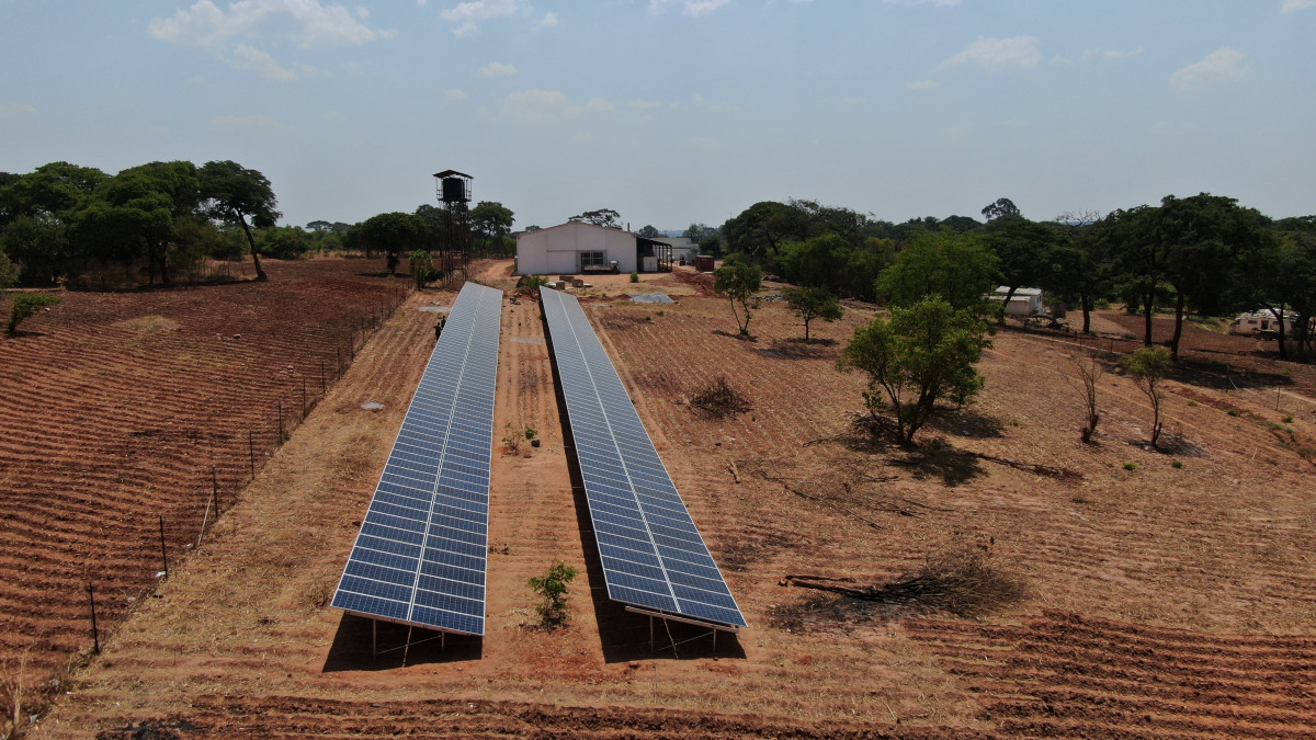 Photo of a renewables system of leasing-based renewable energy supply and storage for a food factory in Zambia. Photo: GRIPS Energy AG.