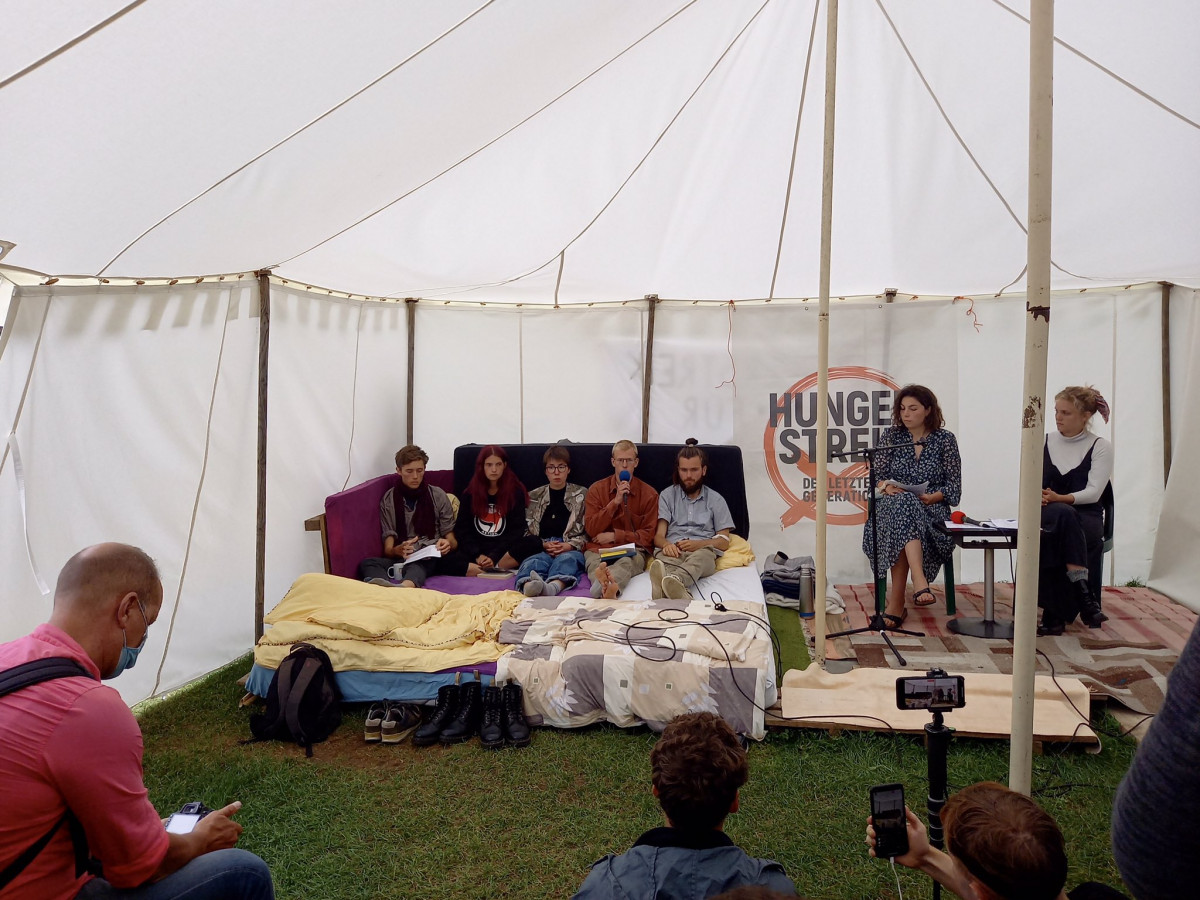 Climate activists enter third week of a hunger strike in Berlin. Photo: CLEW/Nijhuis