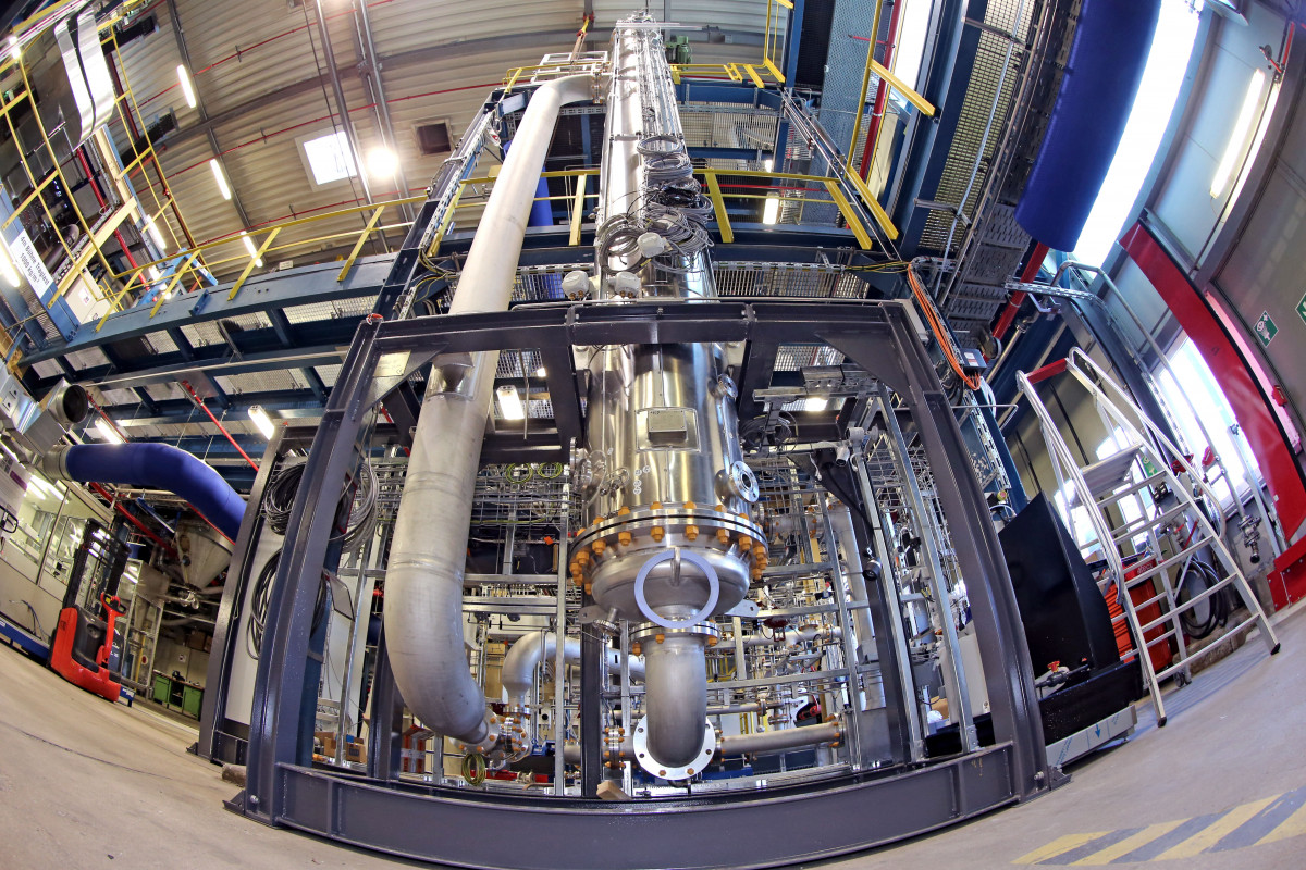 The Rheticus II facility converts CO2 into chemicals. Photo: Evonik