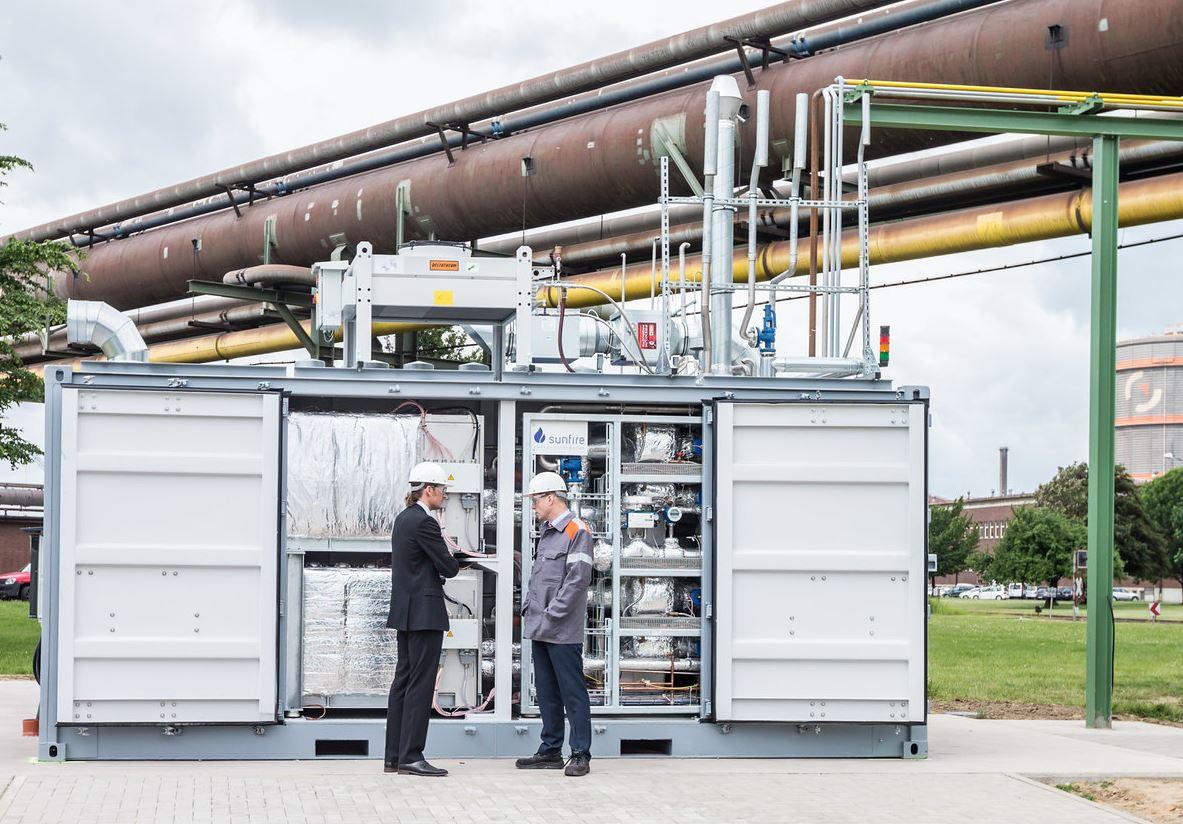 "Sunfire electrolysis module ""GrinHy"" at Salzgitter plant. Copyright Salzgitter Flachstahl GmbH, 2017"