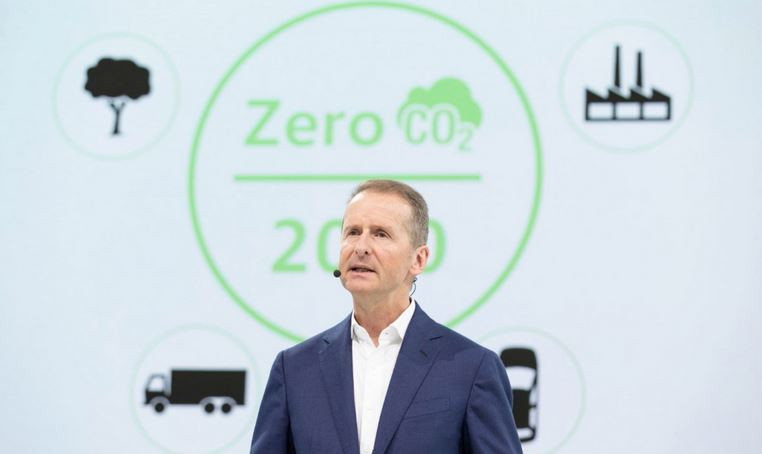 VW CEO Herbert Diess presents the company's zero-carbon strategy. Photo VW